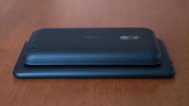 NokiaLumia625-620OnTop.jpg