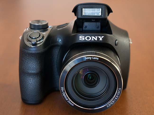 Sony_DSC-H300-flash.jpg