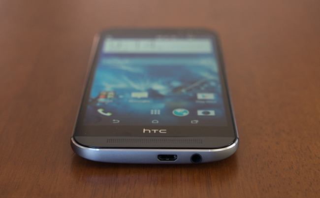 HTC_One_M8-Bottom.jpg