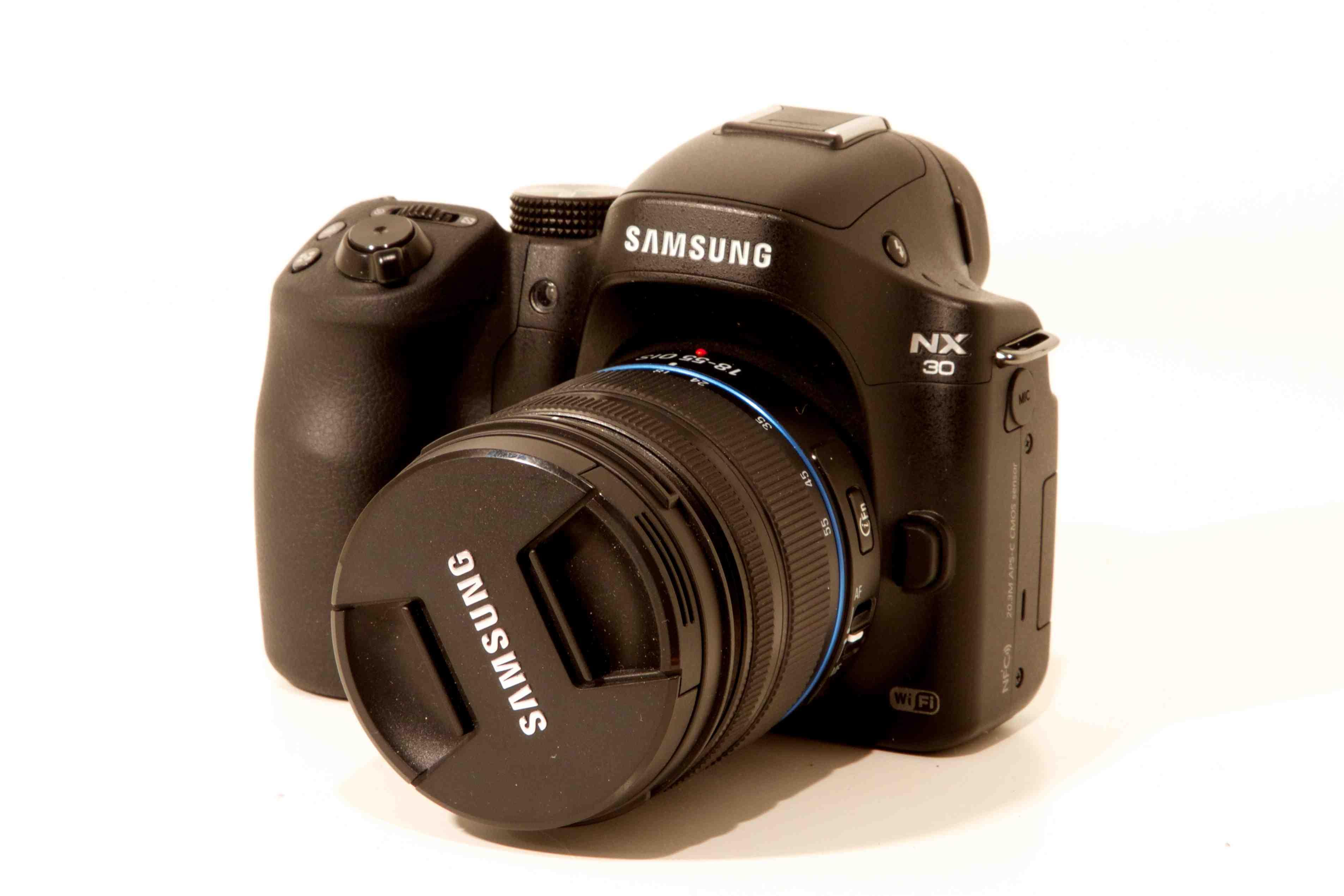Samsung NX 30 1.jpg