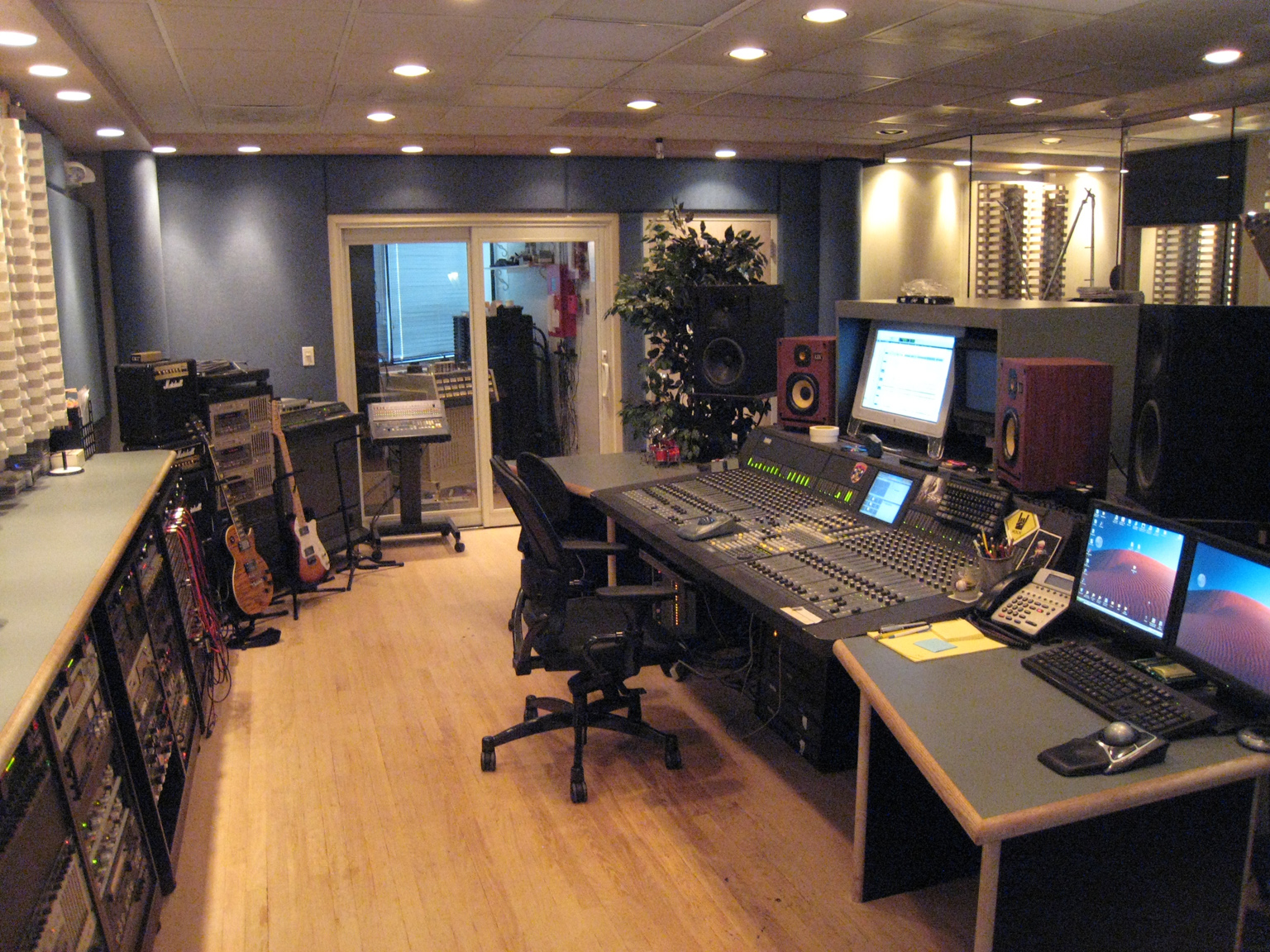 Intermediapost recording studio