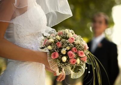 WeddingPhoto1_bouquet_400px.jpg