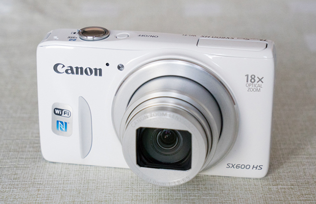 Canon_SX600HS-Front.jpg