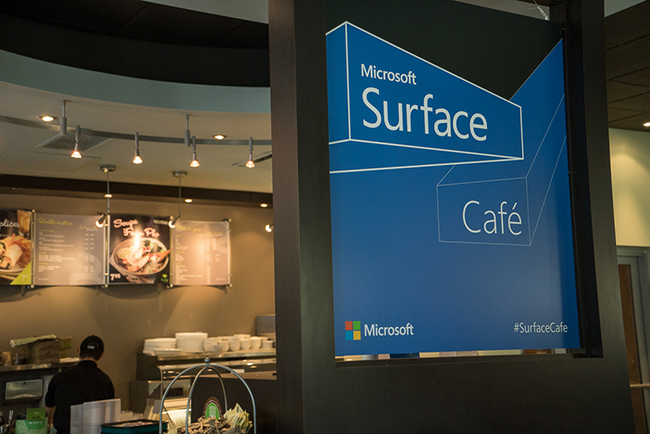 SurfaceCafeMTL-Panneau.jpg