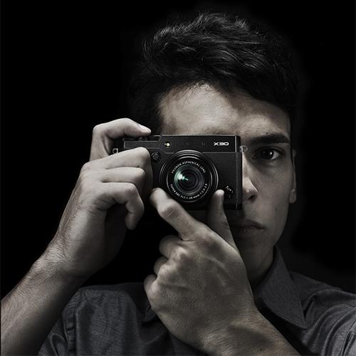 Fujifilm_X30-Photographer.jpg