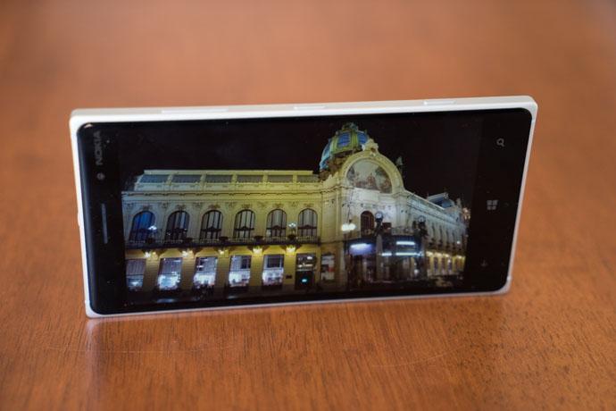 Nokia_Lumia_830-4.jpg