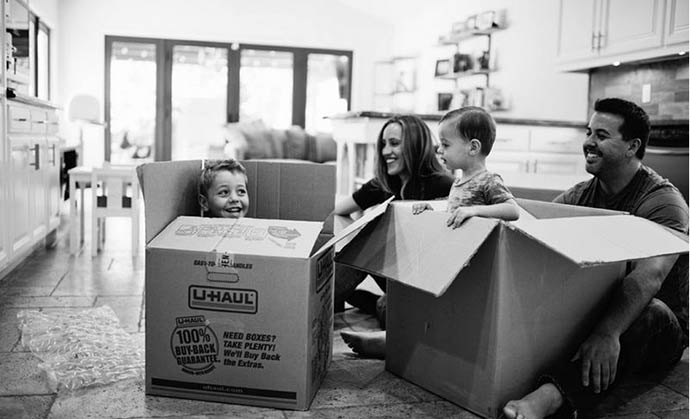 family-moving-day.jpg