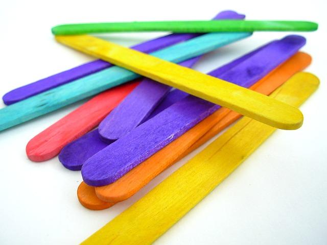 popsicle-sticks-350084_640.jpg