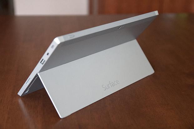 Surface2_pied_pos2.jpg
