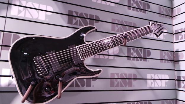 ESP Guitars huit cordes