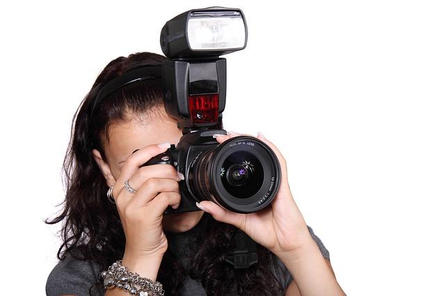 camera-16048_640.jpg