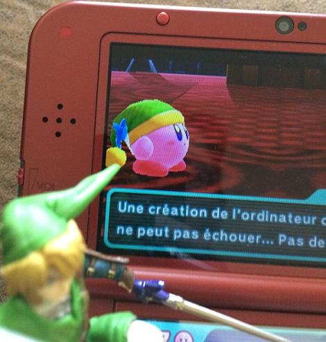 Kirby copie le pouvoir de Link et revêt son bonnet