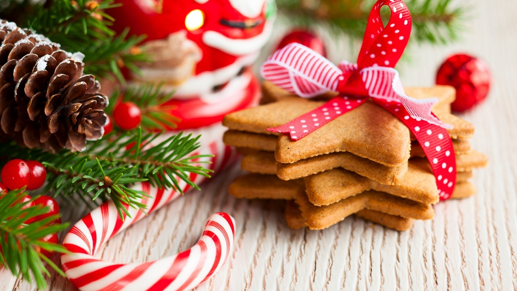holiday-pastries-wallpaper-1