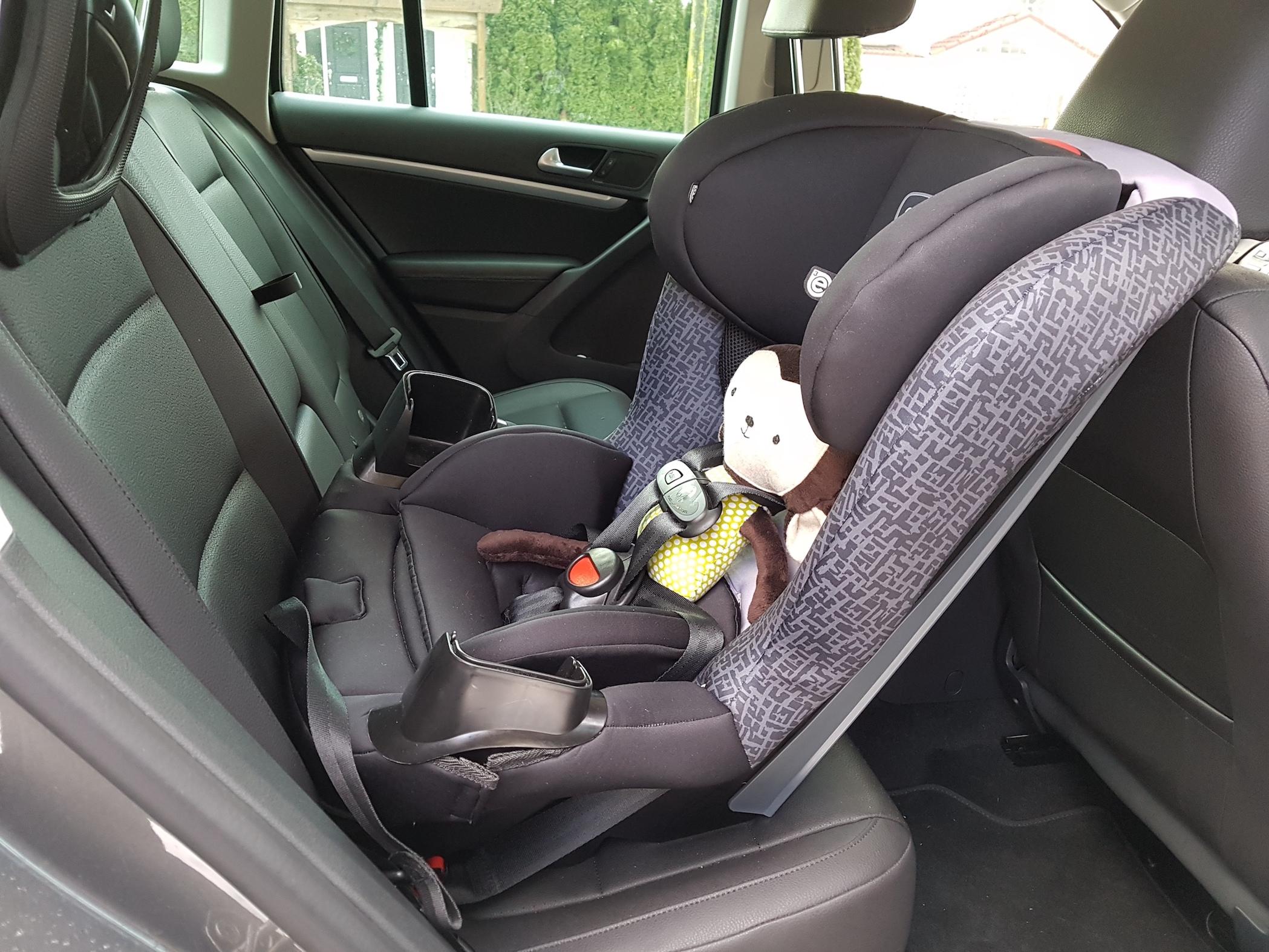 evevnflo_car_seat_bby_car