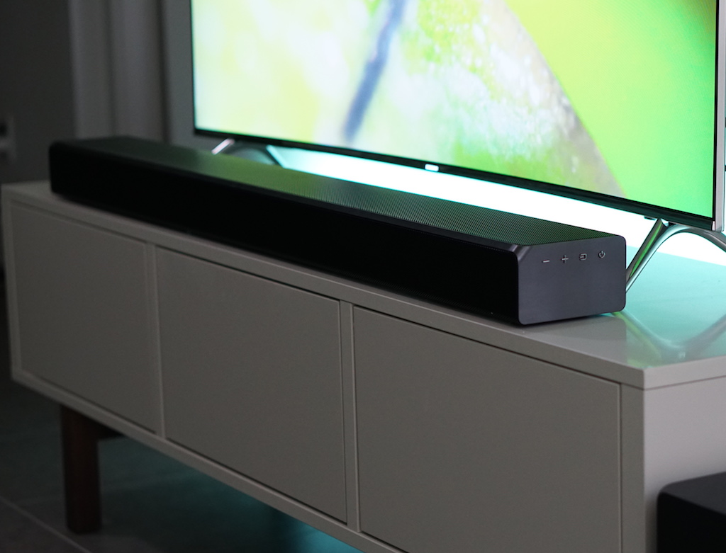 samsung-atmos-sound-bar-2