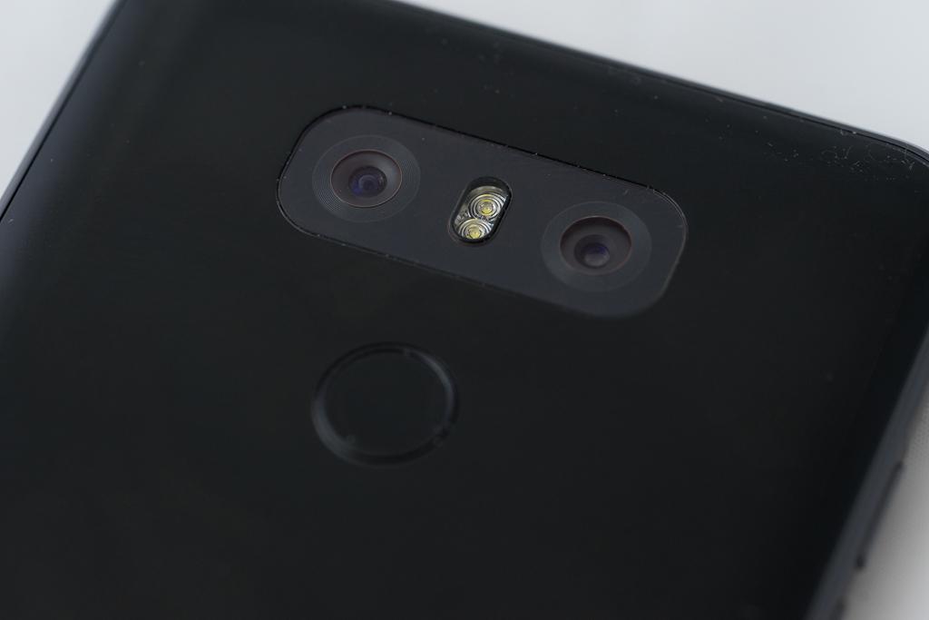 Téléphone intelligent LG G6