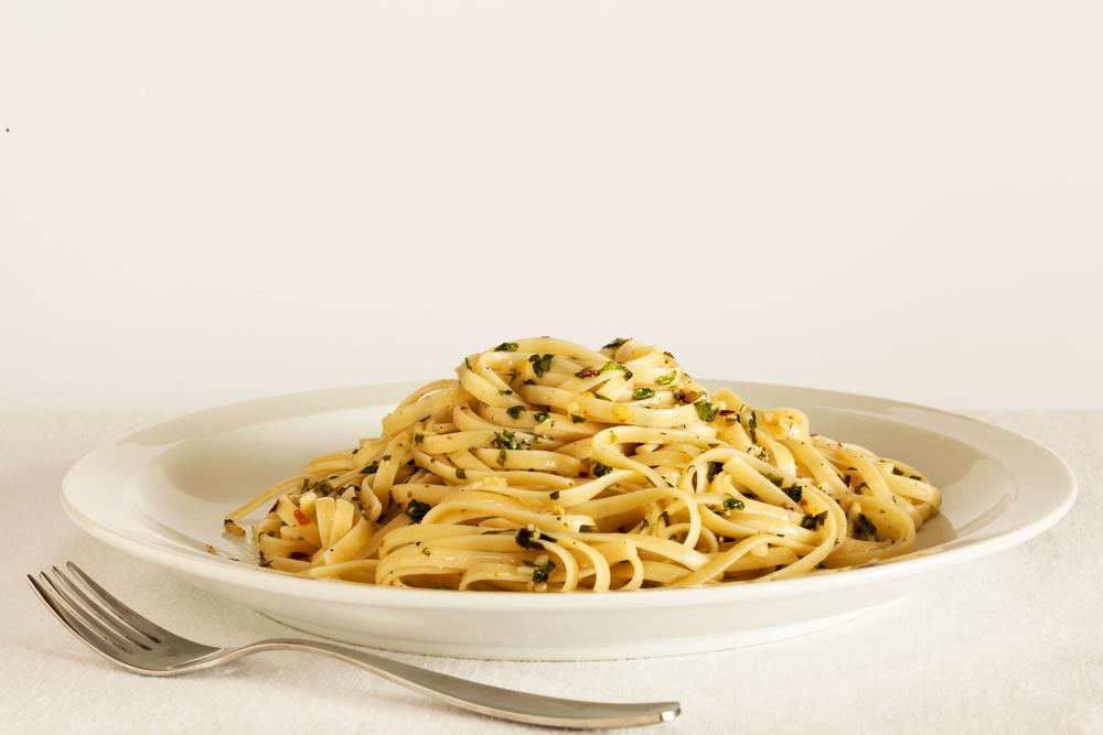 Spaghetti à l'huile et à l'ail