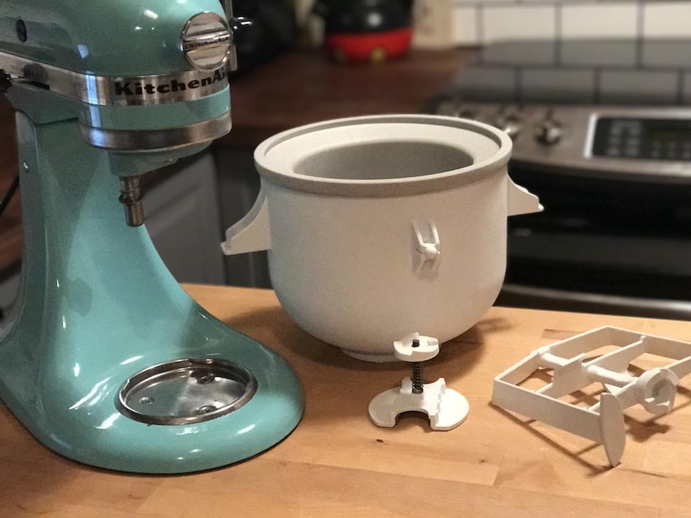 Comment faire de la cr me glac e avec la sorbeti re - L essentiel de la cuisine par kitchenaid ...