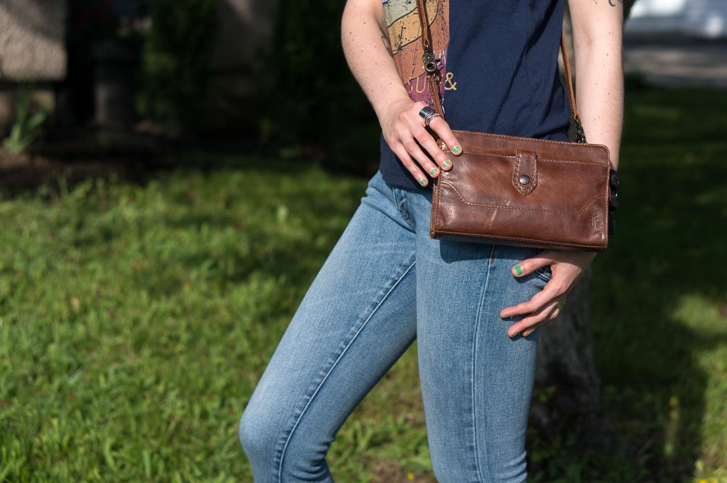 Pochette à bandoulière en cuir Melissa de Frye