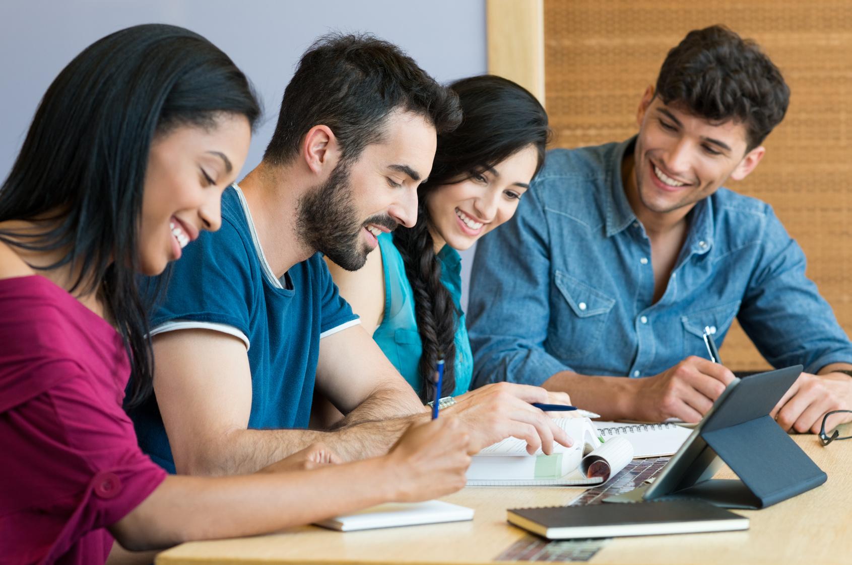 Les meilleures tablettes et ordinateurs portables 2-en-1 pour la rentrée scolaire