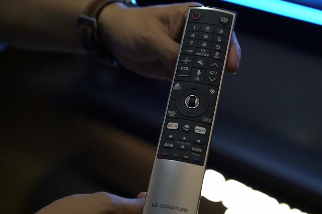 téléviseur DELO papier peint W7 Signature de LG télécommande remote