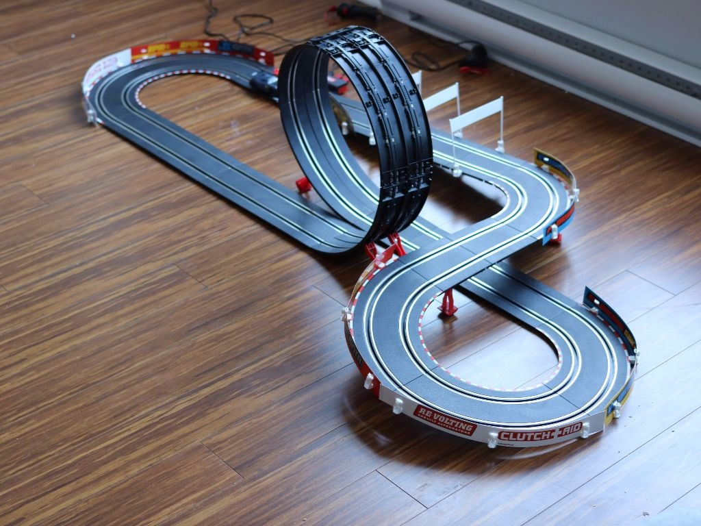 ma critique des pistes de course cars 3 et mario kart 8 de carrera go blogue best buy. Black Bedroom Furniture Sets. Home Design Ideas