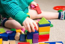 Des jouets amusants et éducatifs pour bébés et tout-petits