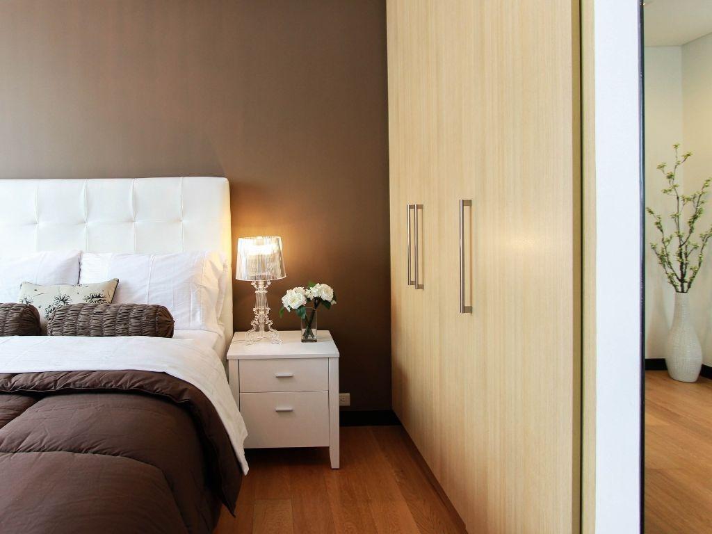 Comment Diviser Une Chambre En Deux comment maximiser l'espace d'une petite chambre à coucher
