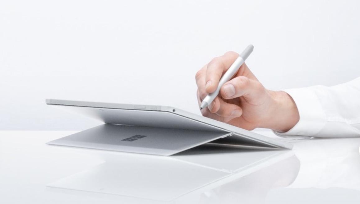 Surface Pro 6 en mode studio