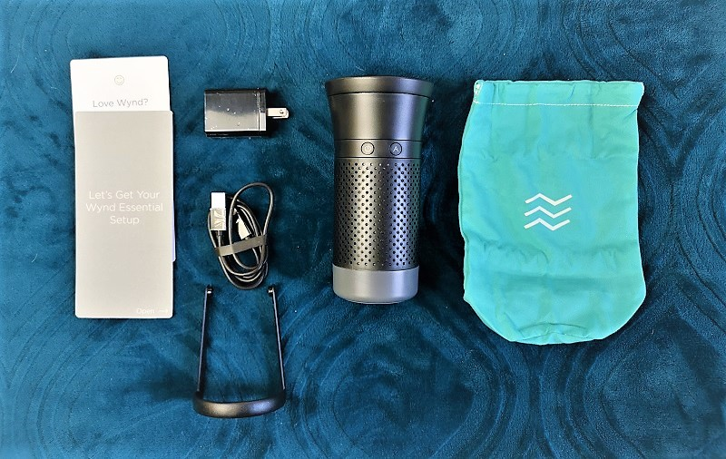 purificateur d'air personnel Essential de Wynd - contenu de la boite