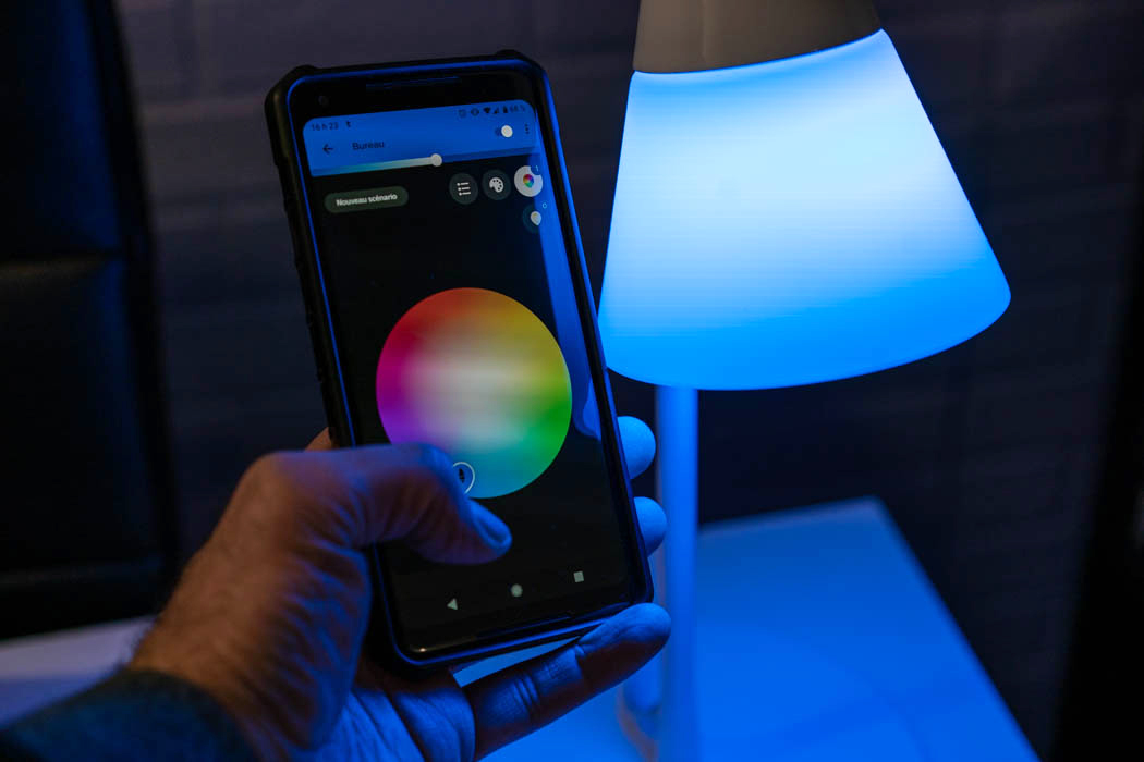 Lampe intelligente philips