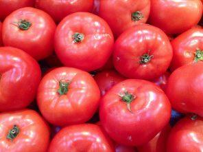 Tomates; photo par Mike Mozart sur Flickr.