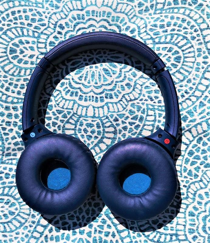 les coussinets sont super doux de la Casque d'écoute Bluetooth XB700 de Sony