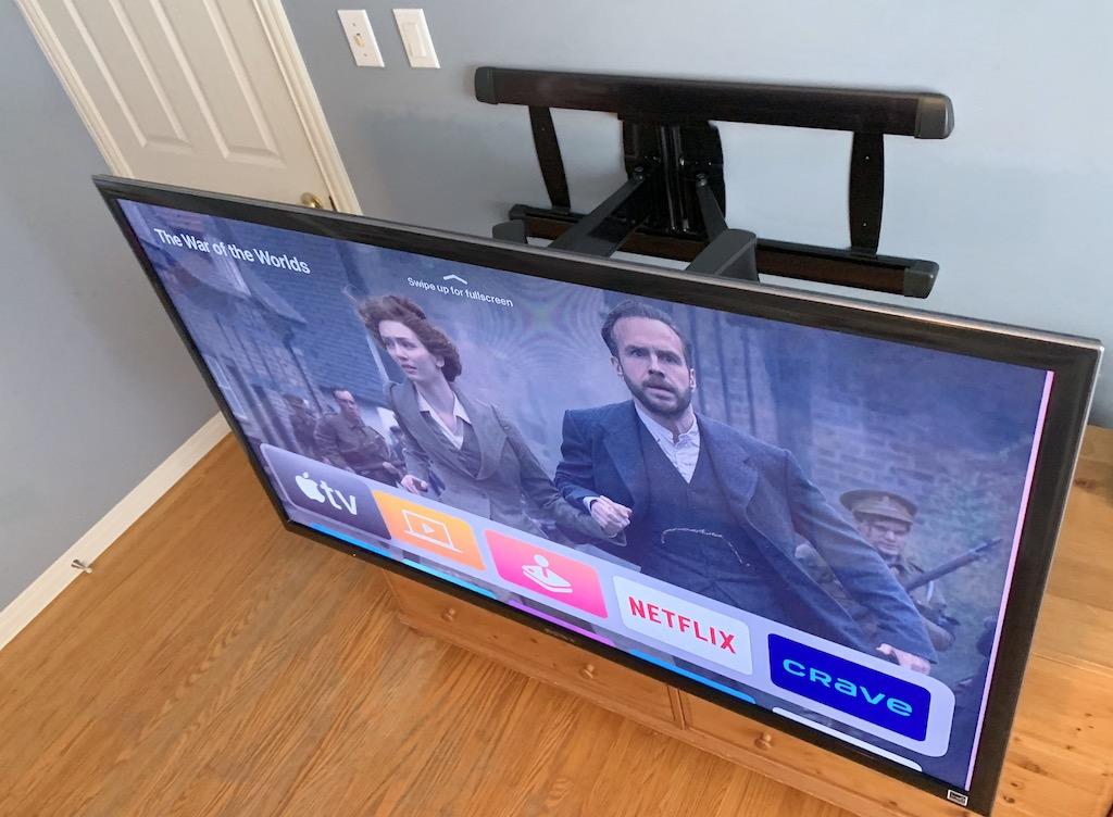 support mural articulé pour téléviseur Advanced BLF328 de Sanus