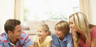 Des jeux de société canadiens que toute la famille adorera