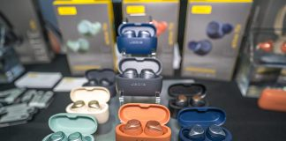 Image of many colors of Jabra Elite Active 75t