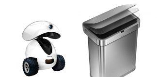 Une photo du robot intelligent iPet de Dogness à gauche et de la poubelle à capteur de Simplehuman à droite, sur fond blanc.