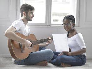 Apprendre la musique en famille