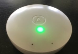 Le voyant vert du détecteur Wave Mini indique que la qualité de l'air est bonne