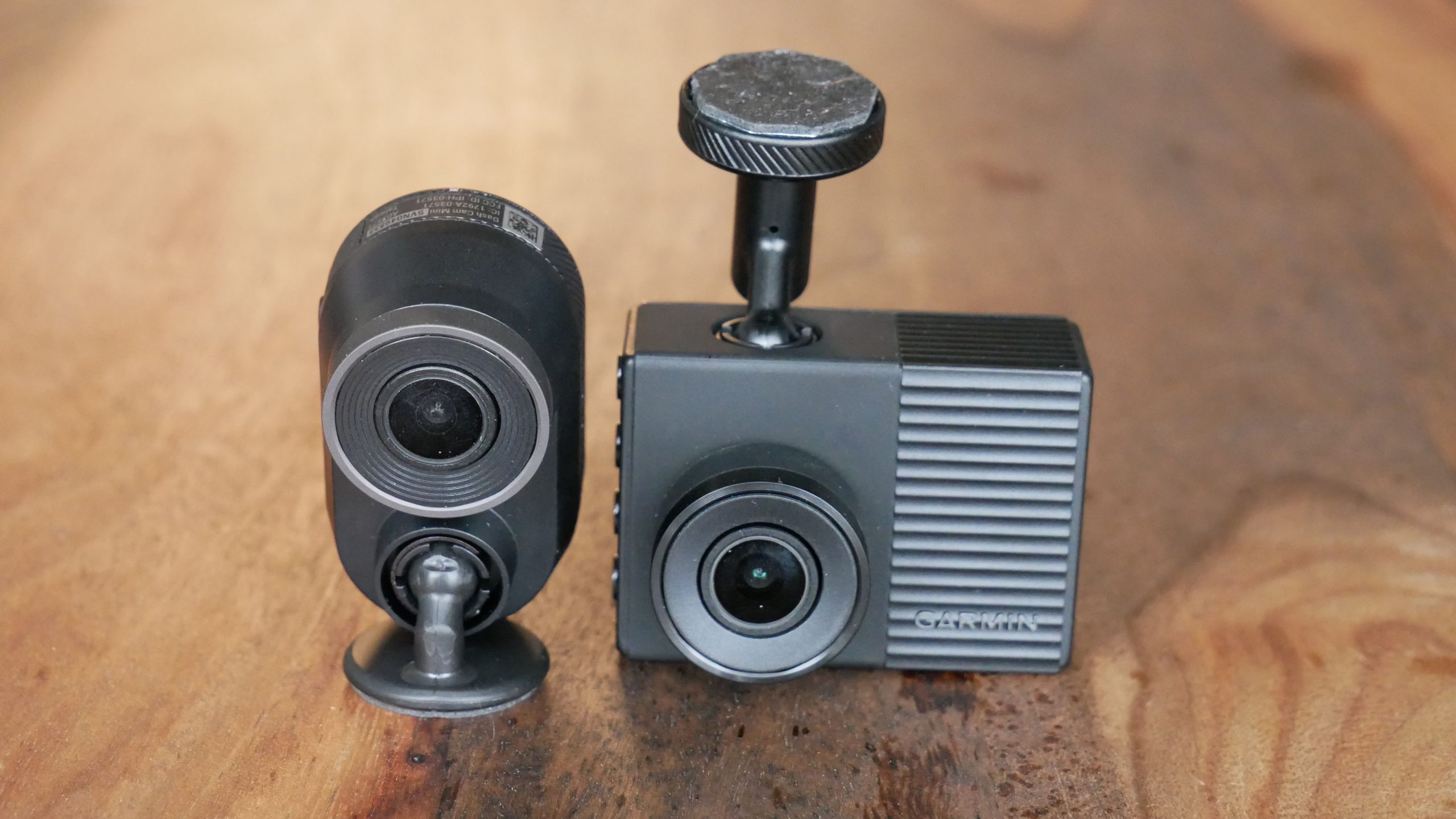Image of Garmin Mini Dascham with another Dashcam from Garmin
