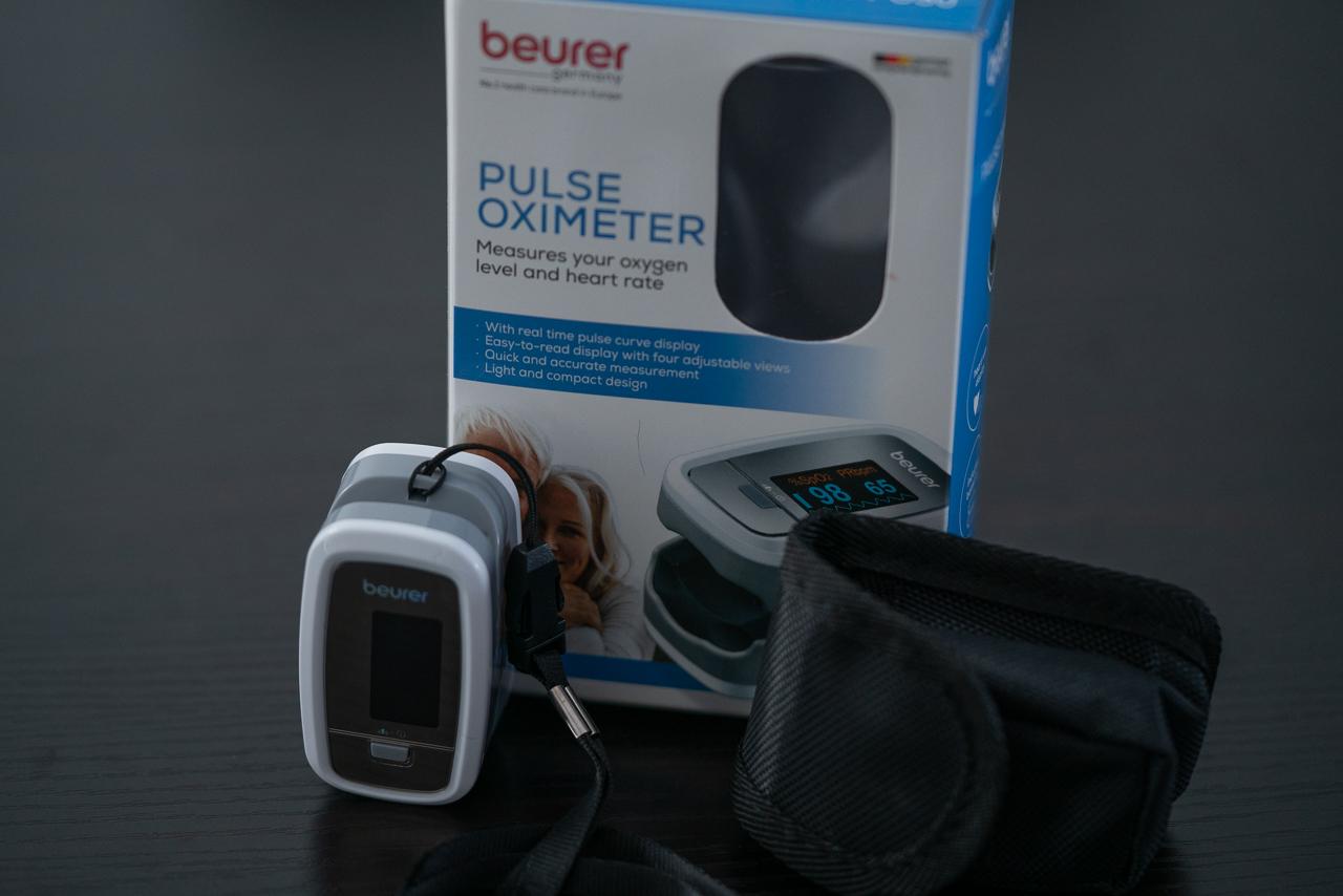Oxymètre de pouls avec moniteur de fréquence cardiaque de Beurer