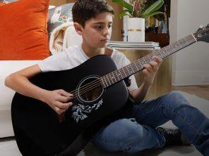 La guitare idéale pour votre enfant