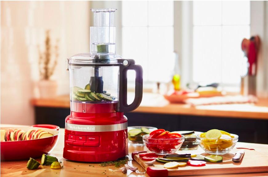 Un robot culinaire de KitchenAid