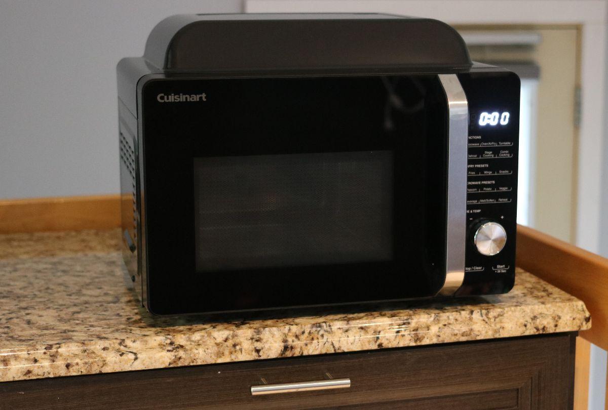 Four à micro-ondes à convection compact de Cuisinart